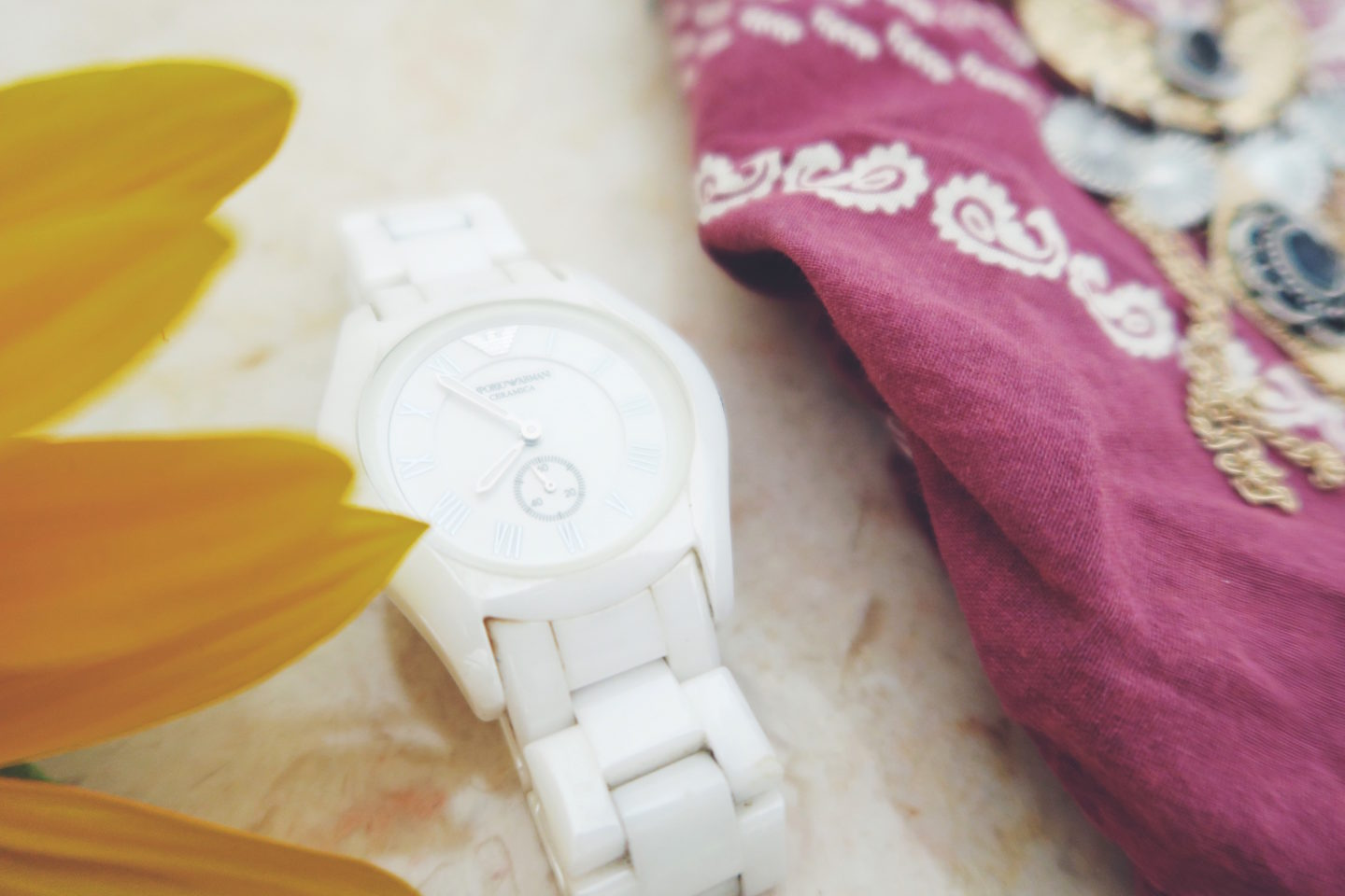 White Armani Watch - thecasualfree.com
