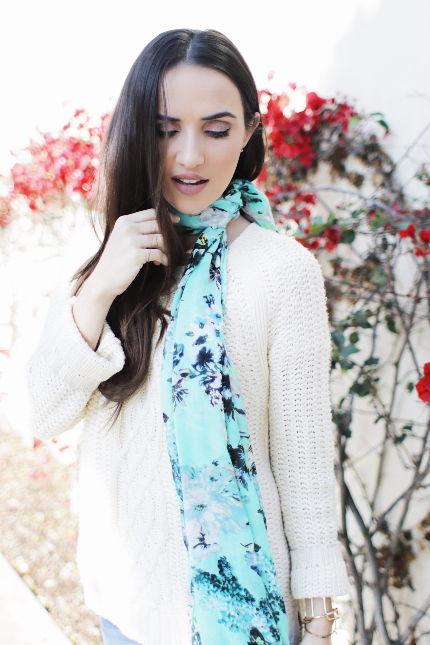 Favorite Valentine's Day Outfits! Casual Knit Sweater and Bright Scarf Outfit for Valentine's Day! - thecasualfree.com