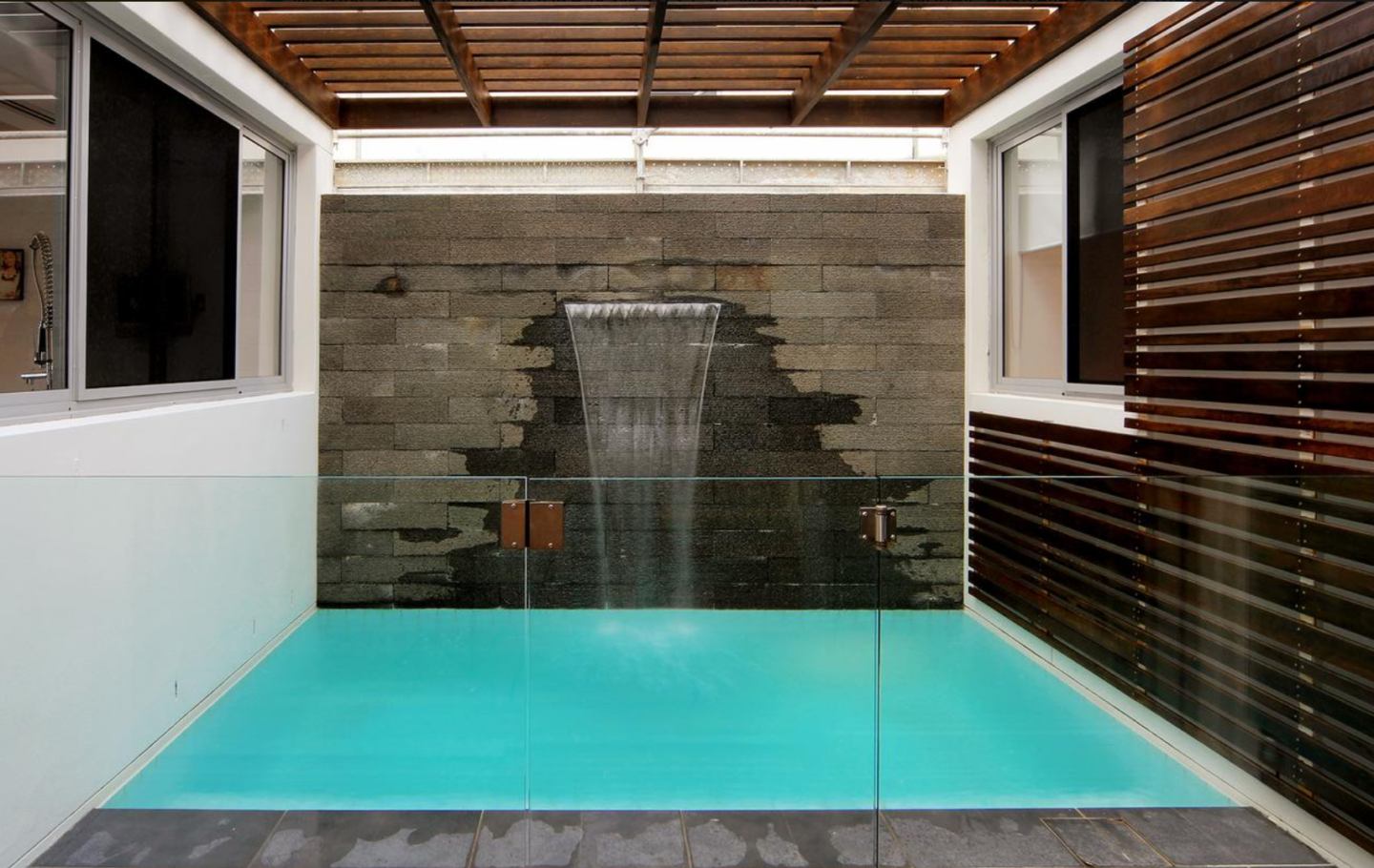 Pool at Maroubra Beach House - Sydney, Australia on Booking.com - thecasualfree.com