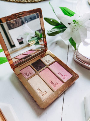 Latest Luxury Beauty Favorites - Ever Holiday Out The Door Palette - thecasualfree.com