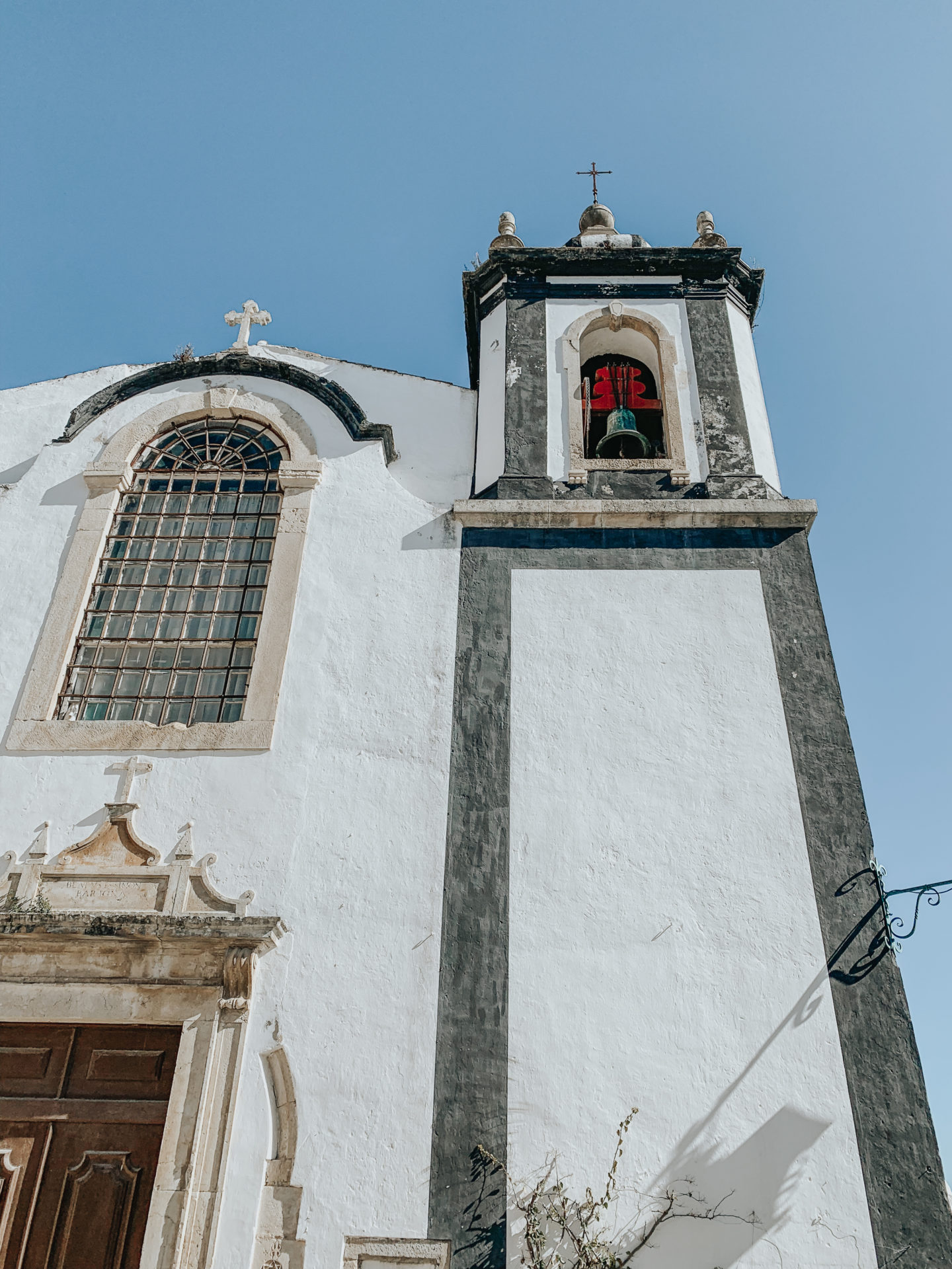 A Day In Óbidos Portugal - Church - thecasualfree.com