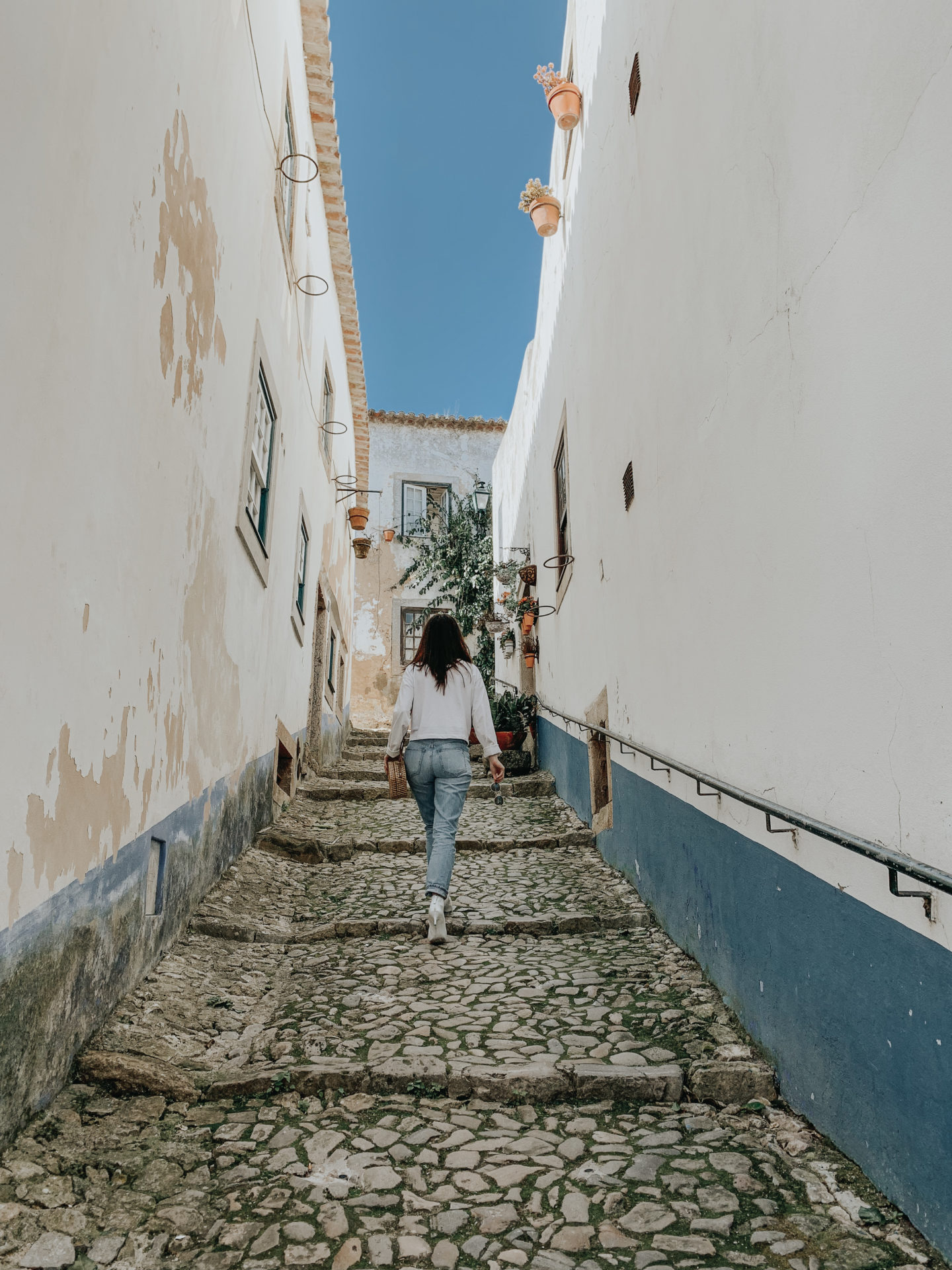 A Day In Óbidos Portugal - Cobble Stone Streets - thecasualfree.com
