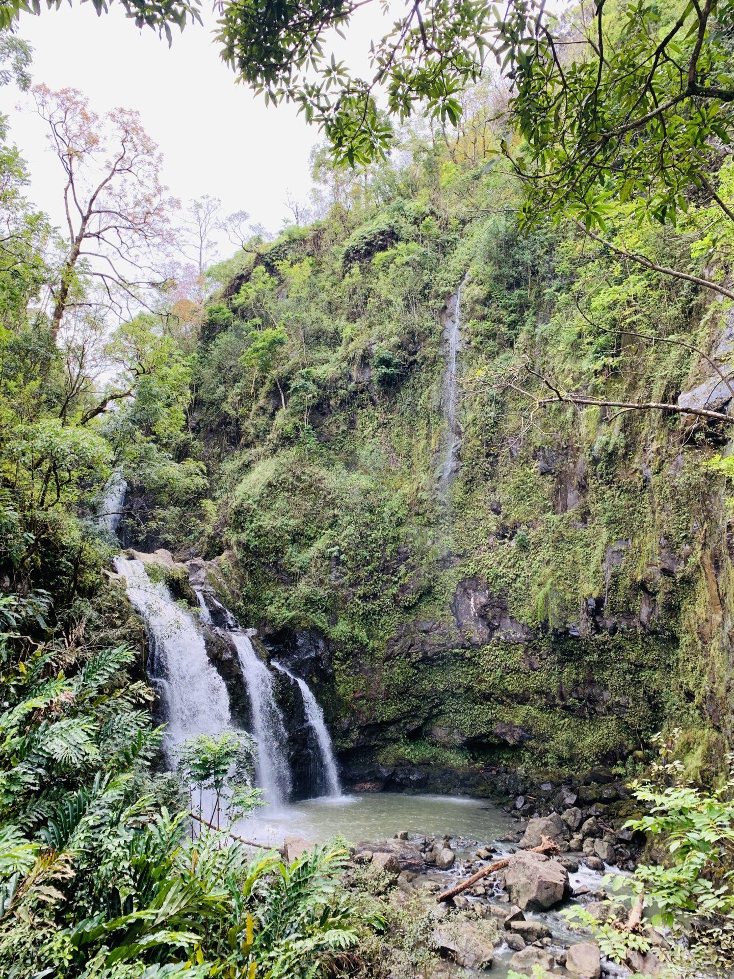 Travel Diary: Maui, Hawaii - Road To Hana Waterfall - www.thecasualfree.com