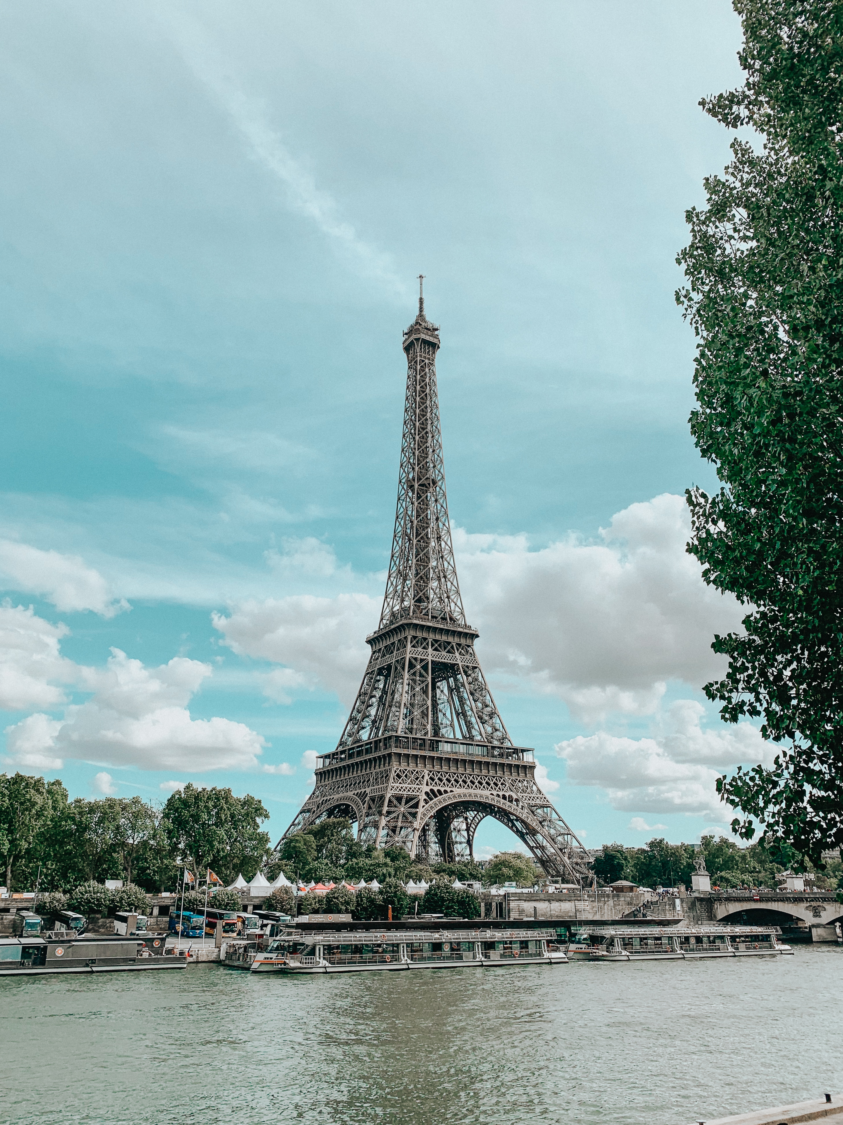 Eiffel Tower in Paris – thecasualfree.com