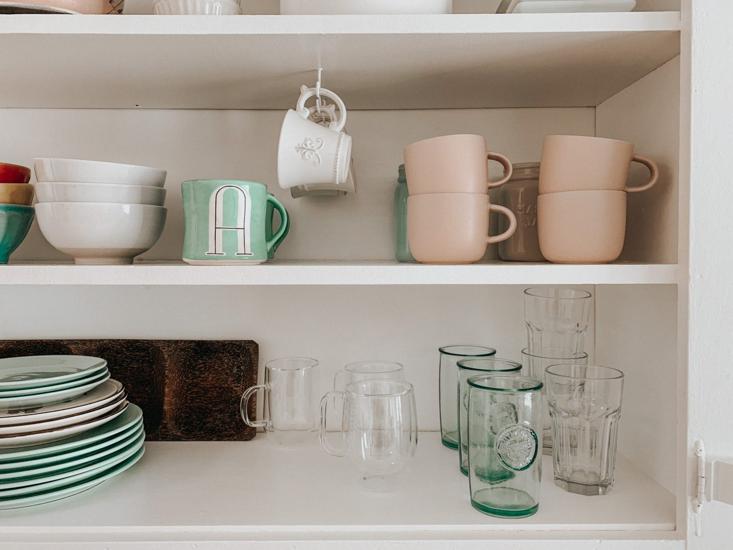 DIY Open Kitchen Cabinet – painted white – thecasualfree.com